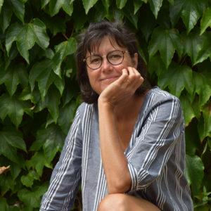 Véronique Arnault est peintre plasticienne
